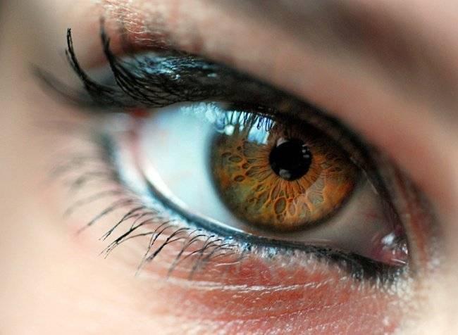 Каре-зелёные глаза макияж фото