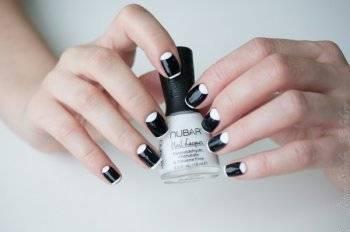 Дизайн ногтей сухими блестками
