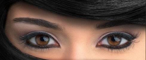 Каре синие глаза