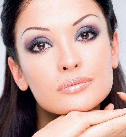 Как сделать повседневный макияж для карих глаз?