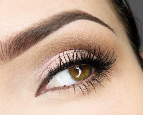 Быстрый дневной макияж для карих глаз
