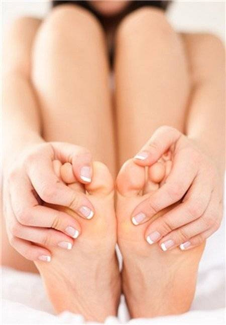 Чем вылечить грибок на ногтях ног у ребенка