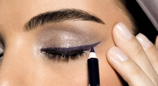 Как правильно пользоваться карандашом для глаз