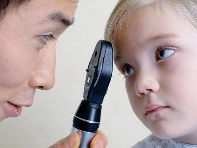 Моргает глазами ребенок проблема