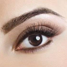 Лёгкий пошаговый макияж для карих глаз