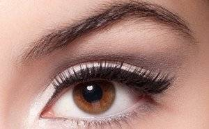 Как накрасить глаза карие в зависимости от цвета волос и кожи