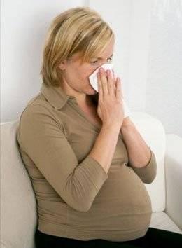 Причины появления насморка при беременности