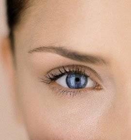 Шелушится кожа вокруг глаз, что делать?